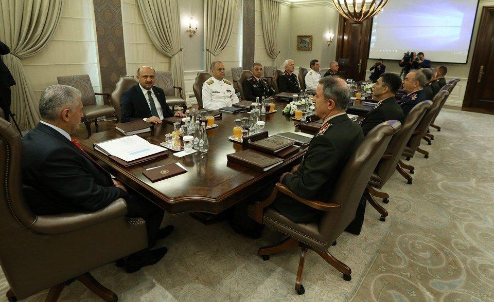 2 Ağustos 2017 YAŞ toplantısı oturma düzeni