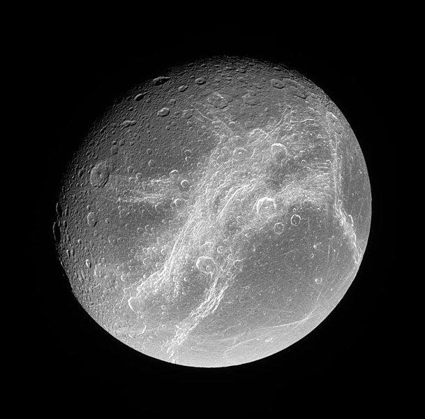 Satürn'ün uydusu Dione (2006)