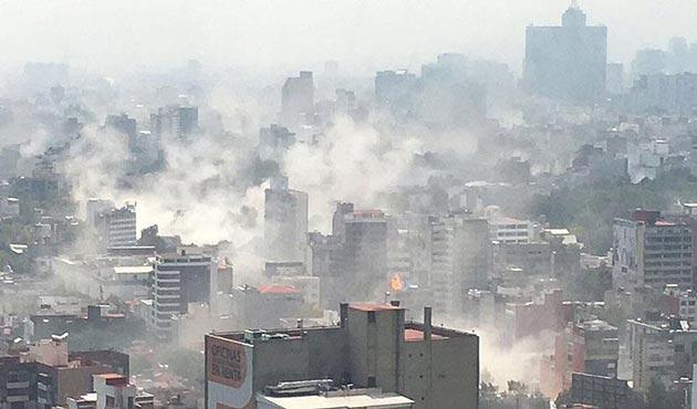 Meksika'daki 7.1'lik depremin ardından ölü sayısı artıyor