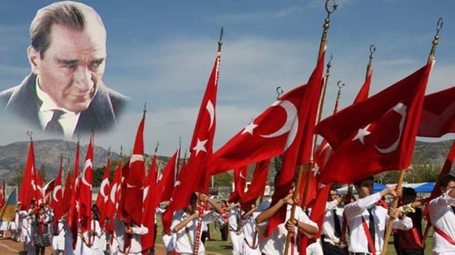 Cumhuriyet ve Atatürk'e ne kadar sahip çıkabildik?
