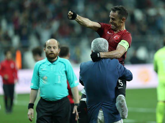 Ampute Milli Futbol Takımı kaptanı Osman Çakmak'ın hikayesi