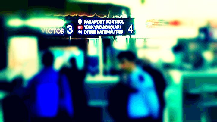 polis pasaport kontrolü eşcinsel gay turistler
