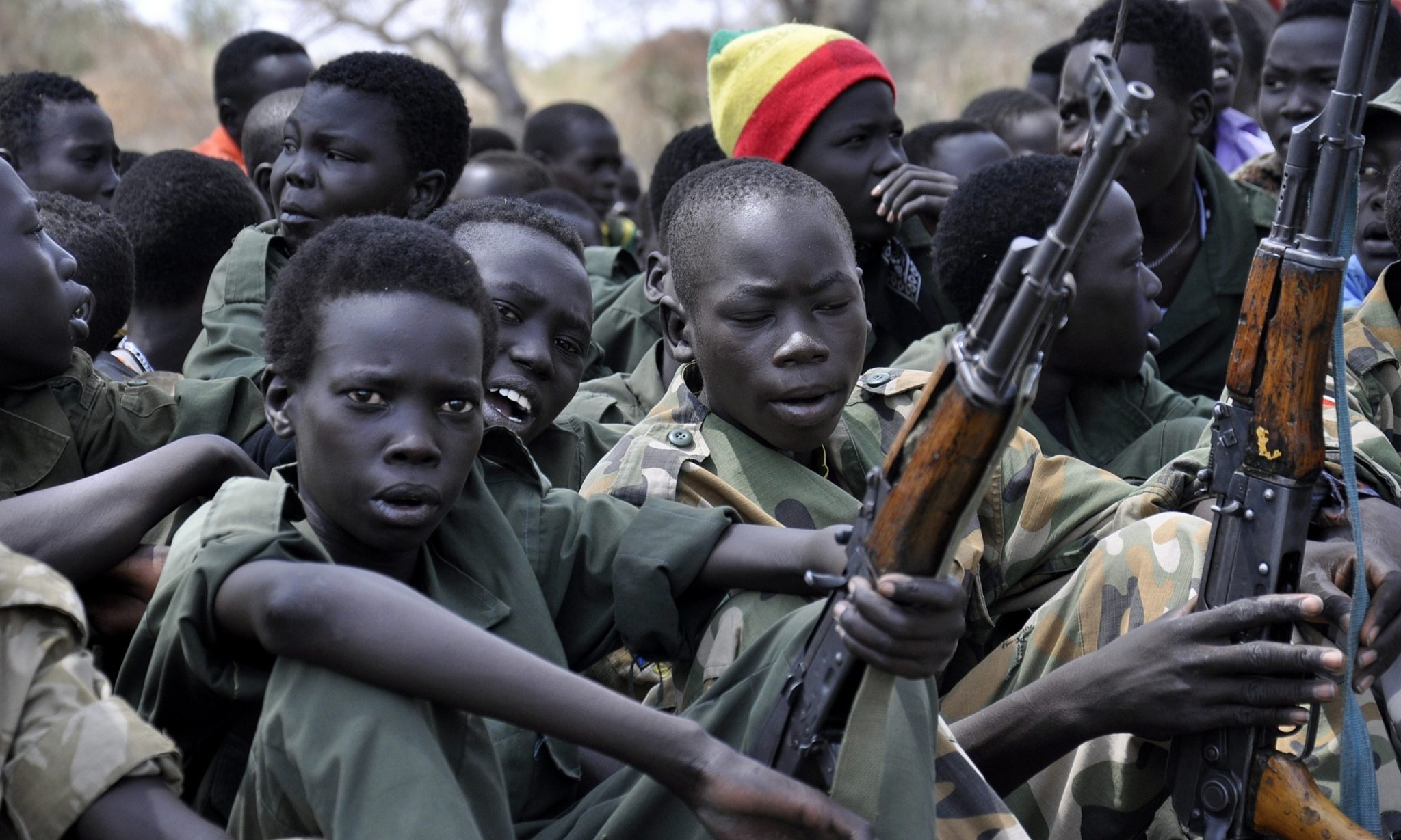 """Barış ve adaletin eksikliğinin getirdiği sorunlardan birisi olarak """"çocuk askerler"""""""