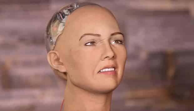 duygusal robot sophia suudi arabistan