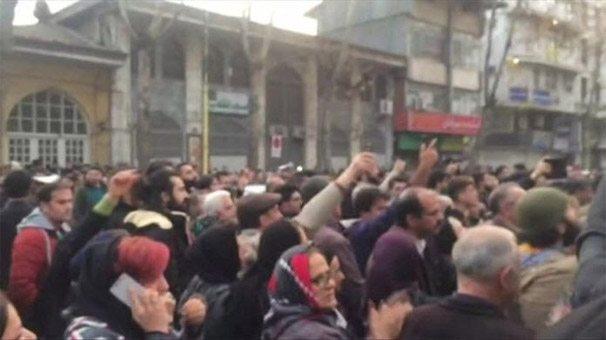 iran meşhed protesto eylemleri ruhani devrim siyasal islam esad
