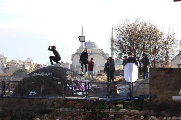 Kösem Sultan Büyük Valide Han kubbesi zarar gördü
