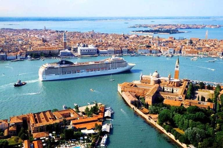 akdeniz gemi turu Mediterranean cruise gemisi
