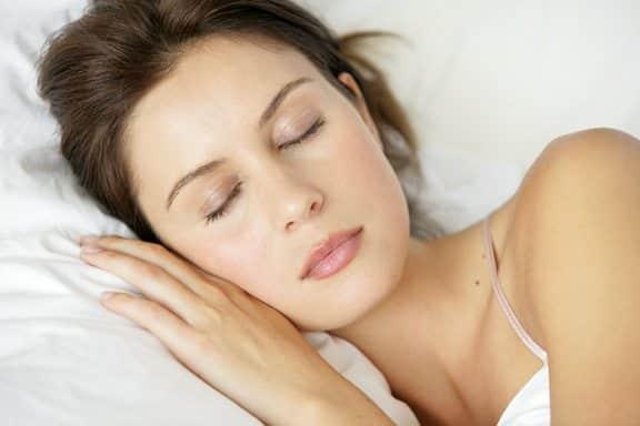 Uykuya dalma uykusuzluk erken uyanma sorunları psikolojik olabilir!