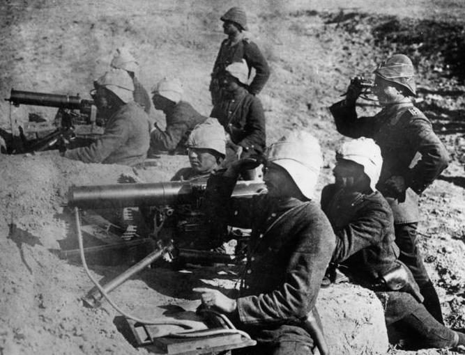 MG 08 ile donatılan Osmanlı makineli tüfek timleri
