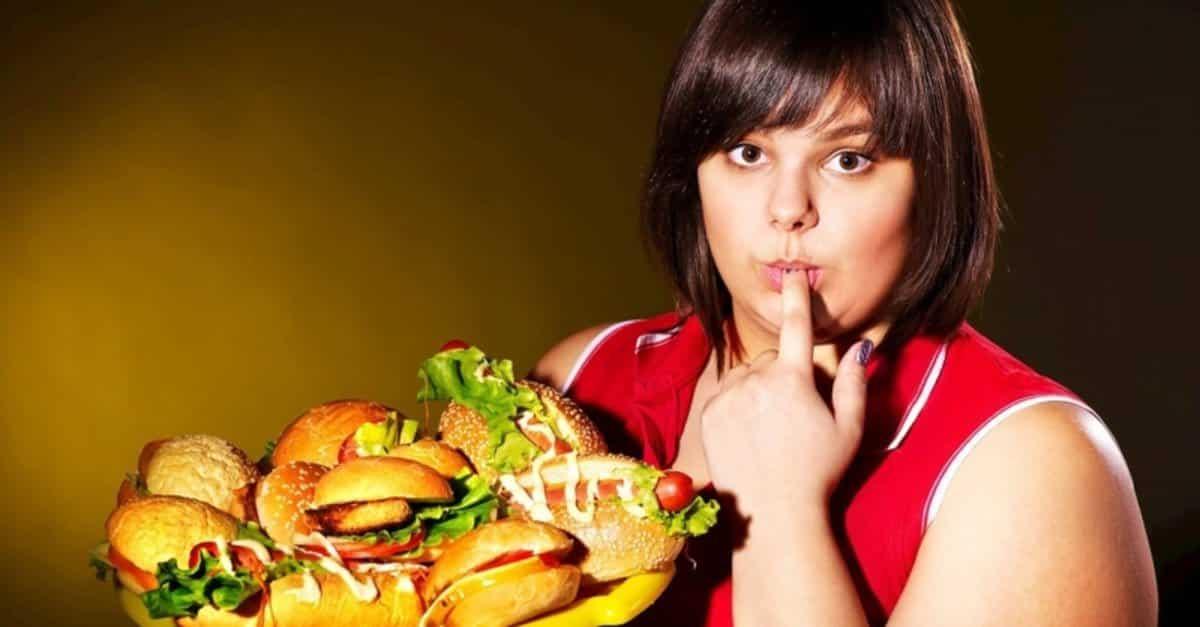 Az ye demek kilo aldırıyor! Obezite kişinin suçu değil, bir hastalık!
