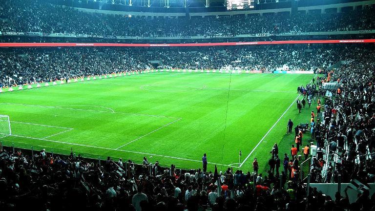 Futbolda üstyapı altyapı sorunu (Beşiktaş - Fenerbahçe maçı)