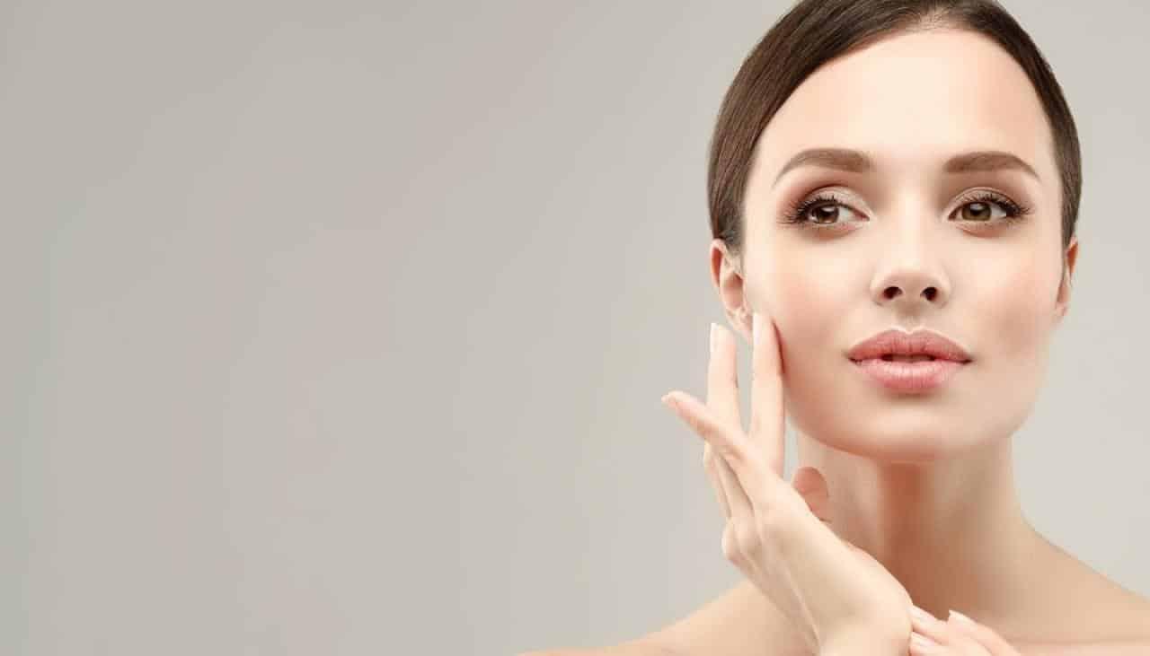 Yüz estetiği konusunda doğru bilinen 10 yanlış