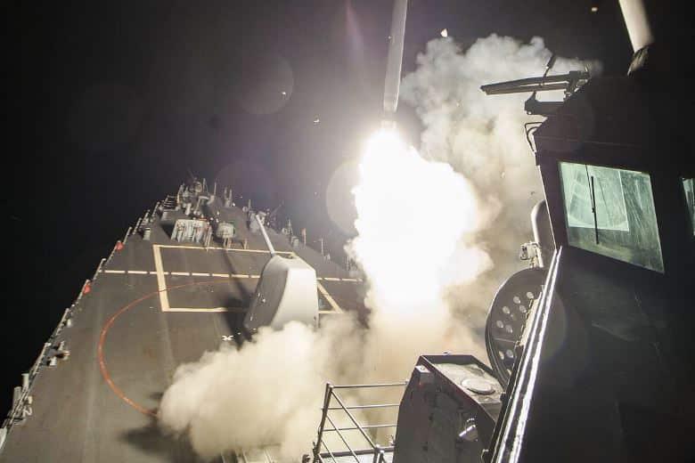 uss tomahawk amerikan savaş gemisi suriye saldırısı