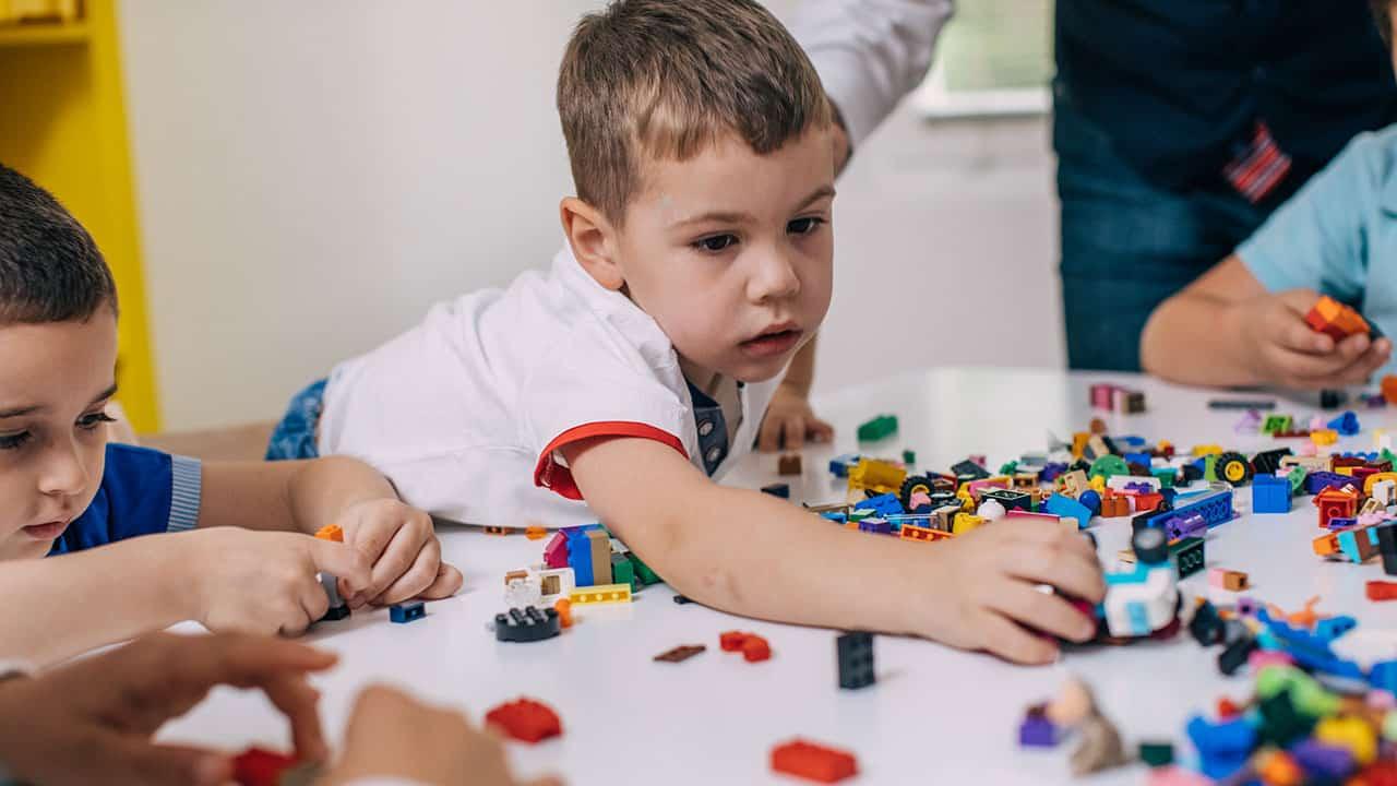 Otizm testi: Çocuğun otizmli olduğu nasıl anlaşılır?