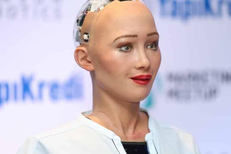 robot sophia türkiye istanbul marketing meetup yapı kredi reklam