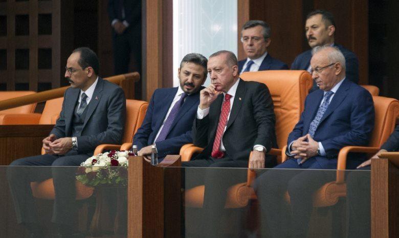 Cumhurbaşkanı Recep Tayyip Erdoğan Meclis'te kendisine ayrılan yerden böyle izledi.