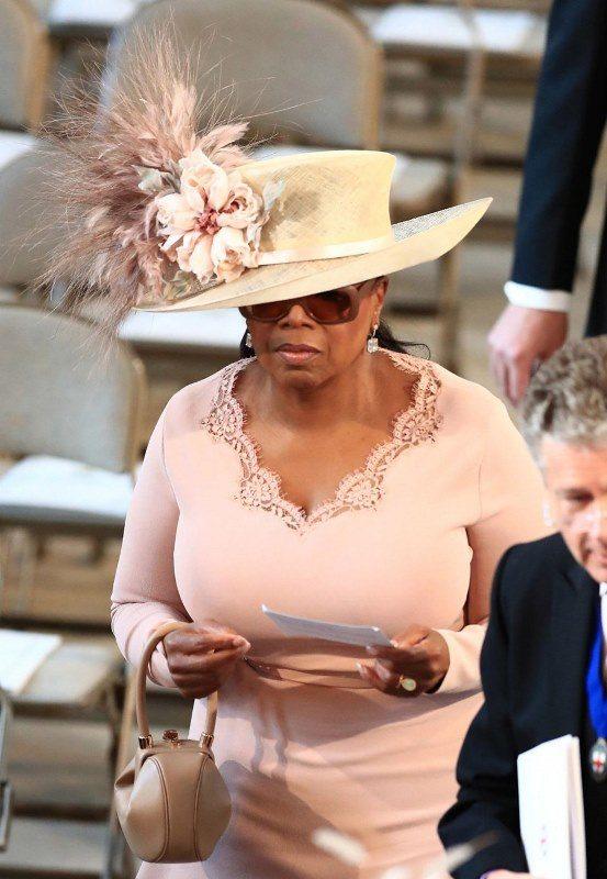ABD'li ünlü sunucu Oprah Winfrey de davetliler arasında.