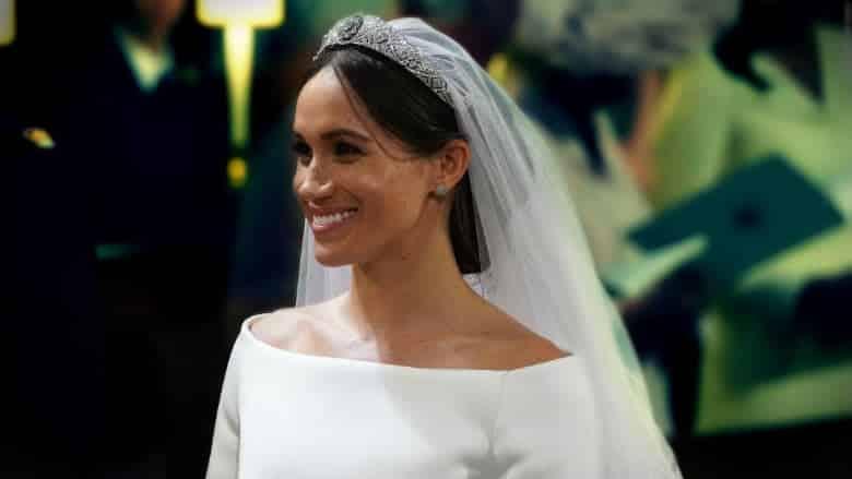 meghan markle prens harry wedding kraliyet düğünü ailesi gelinlik