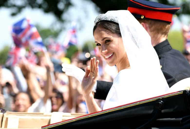 meghan markle prens harry wedding kraliyet düğünü ailesi gelinliği