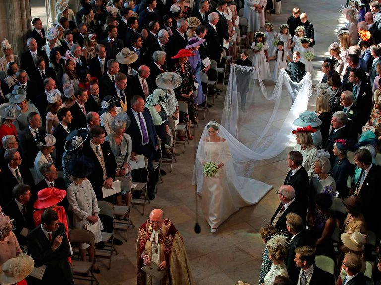 meghan markle kraliyet ailesi düğünü prens charles