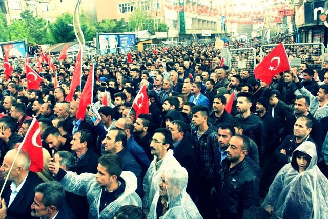 Muharrem İnce, Hakkari'de düzenlenen seçim mitinginde halka seslendi.