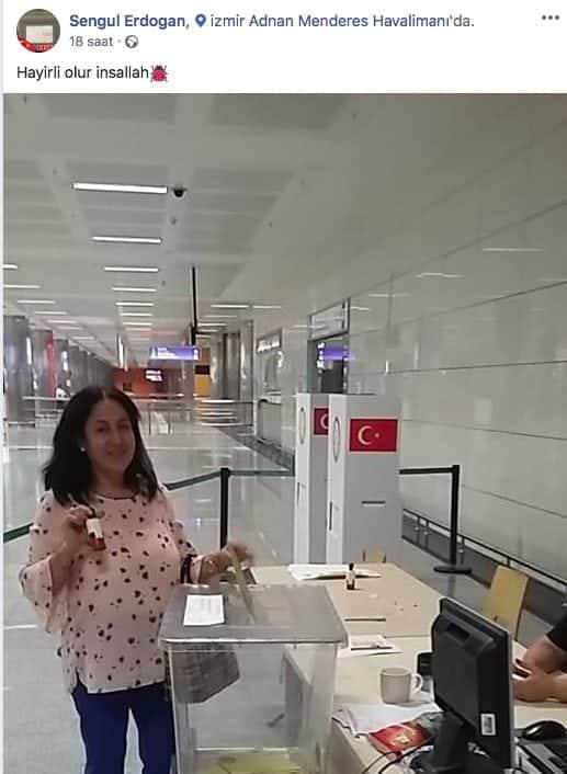 Adnan Menderes Havalimanı'nda oy kullandığı fotoğraf