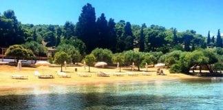 Zogeria plajı, Spetses