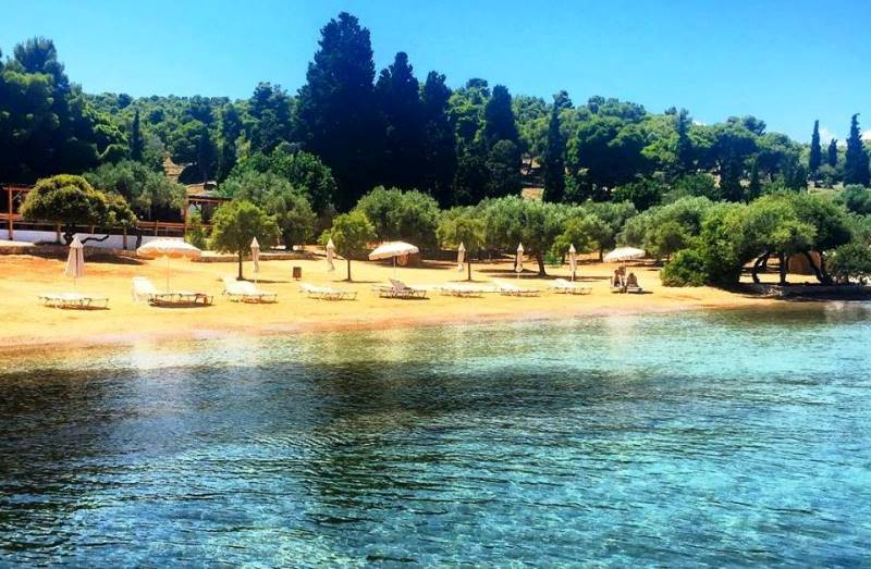 Zogeria plajı, Spetses Adası (Yunanistan)