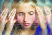 Baş dönmelerinin büyük bölümü kulakla ilgili hastalıklardan kaynaklanıyor.Baş dönmesi neden olur? Nasıl geçer?