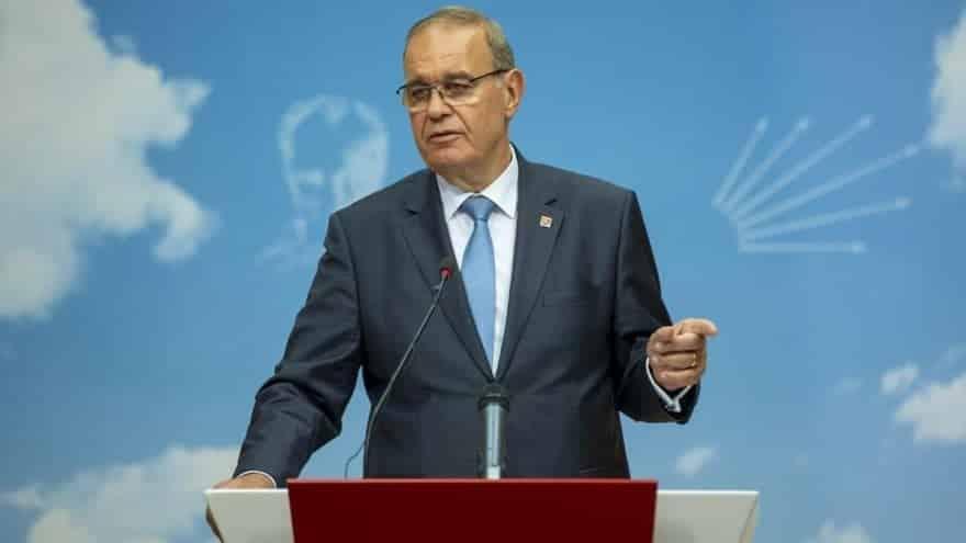 CHP Ekonomi Politikaları Genel Başkan Yardımcısı, Hazine eski Müsteşarı Faik Öztrak