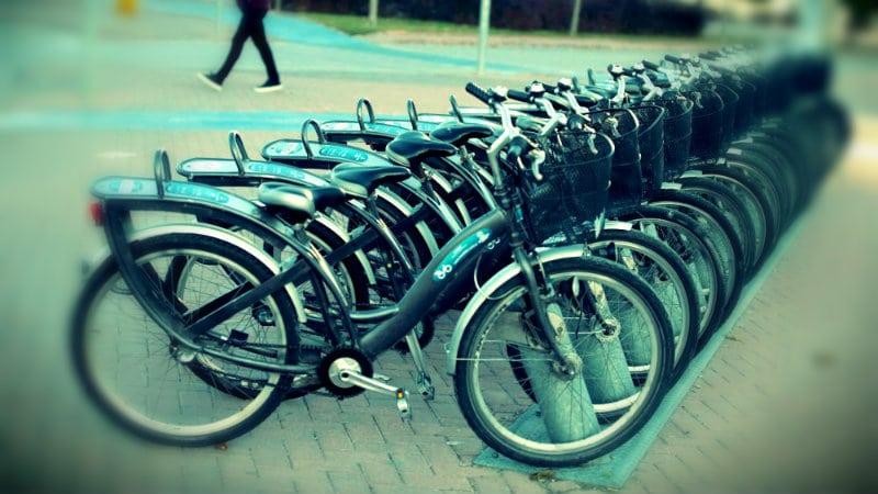 Konya 40 gün sabah namazına giden çocuklara bisiklet hediye