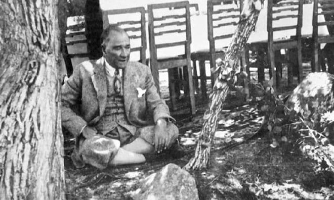 Mustafa Kemal, biziz!