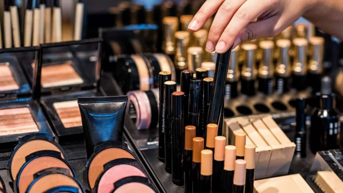 Kozmetik tester makyaj
