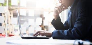 Ofis ortamında oturarak çalışanlar için öneriler