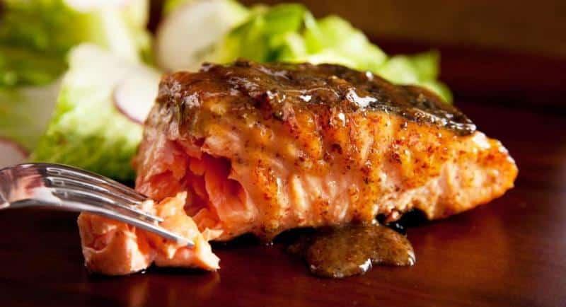 Somon balığı faydaları neler? Izgara somon tarifi