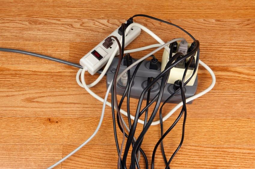 Fişi çekilmeyen cihazlar da elektrik kullanır!
