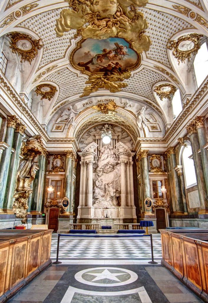 İsveç Kraliyet Sarayı'nın içinde bulunan şapellerden biri