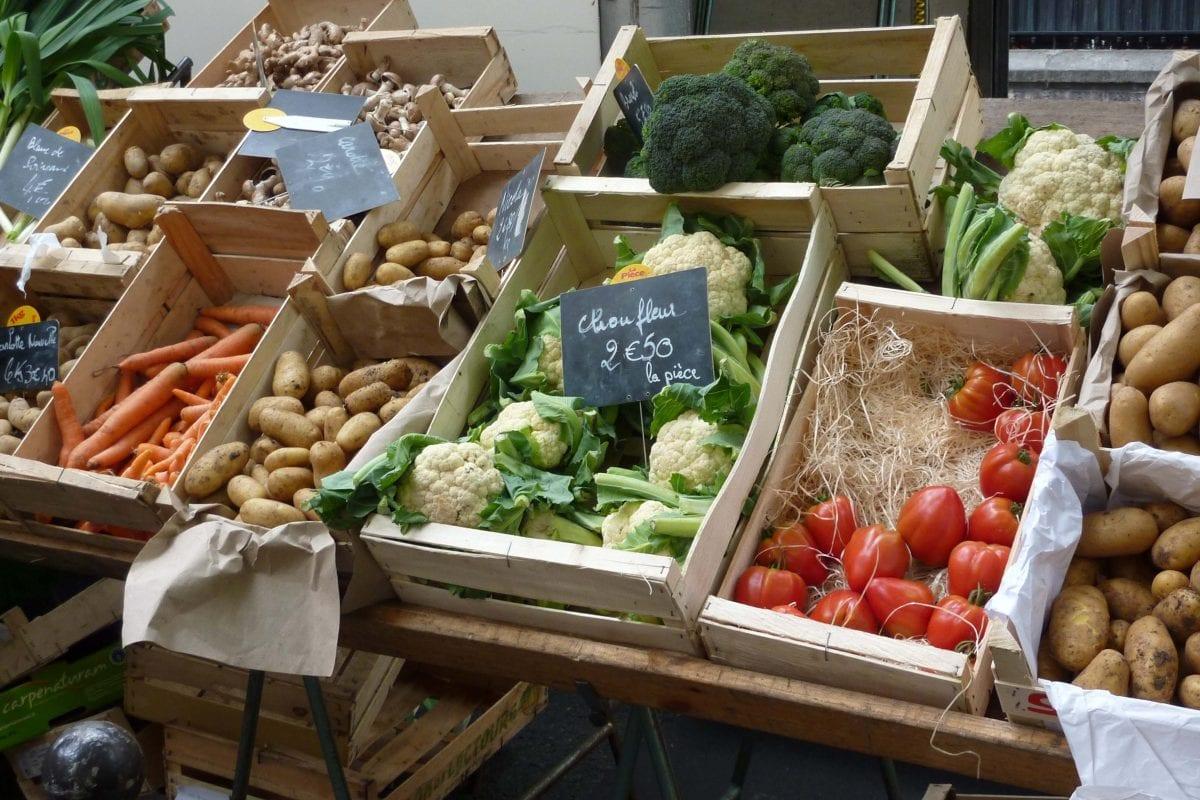 her organik ürün, doğal (natürel) bir üründür. Ancak her doğal ürün, organik ürün değildir.