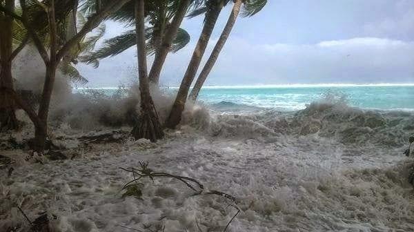 Pam Kasırgası'nın dalgaları birçok Vanuatu adasını yutmuştu