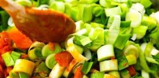 Sebze yemeklerine lezzet katan faydalı baharatlar