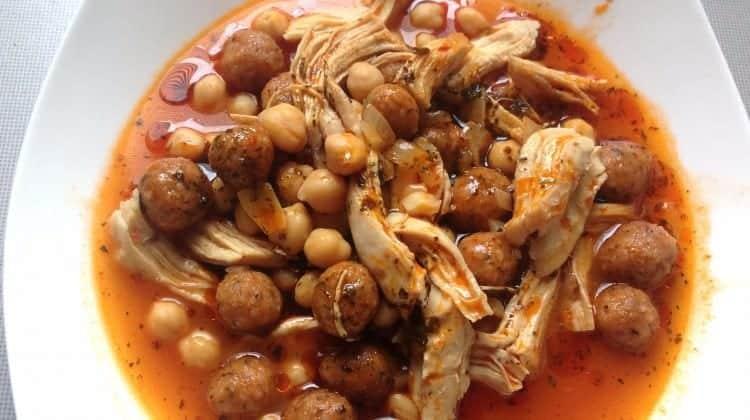 Tavuklu Topalak çorbası tarifi
