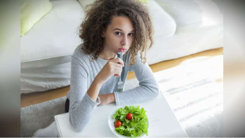 Yeme bozukluğu sorununun neden olduğu 3 tehlike!