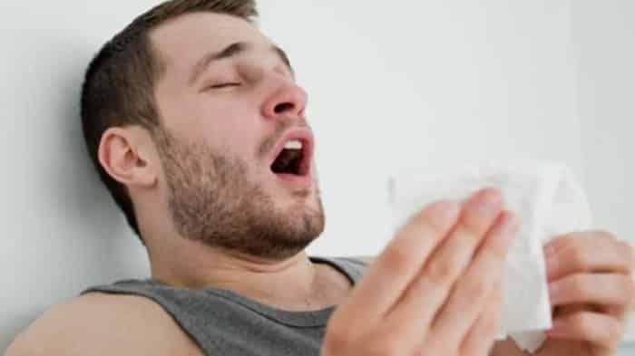 Rino virüsü: Soğuk algınlığının en önemli nedeni!
