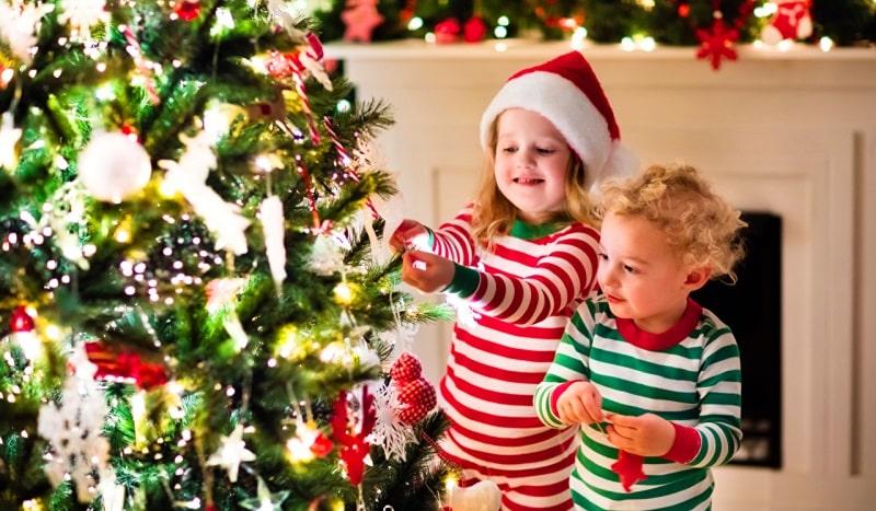 Yeni yıl çocuklara nasıl anlatılır? Yılbaşı nedir? Neden kutlanır?