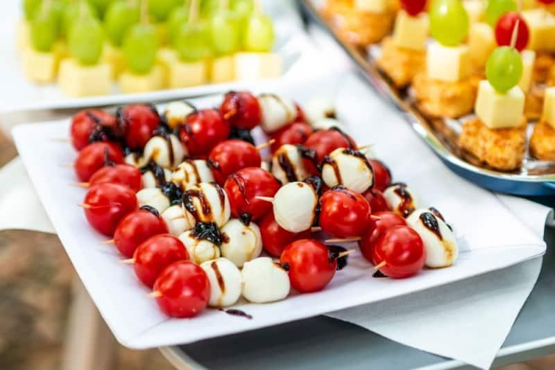 Yılbaşı yemeği için örnek menüler ve sağlıklı beslenme önerileri