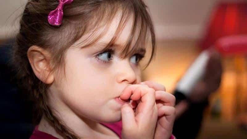 Akademik başarı mı? Tırnak yiyen çocuk mu?
