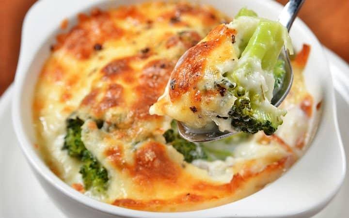 Beşamel soslu brokoli tarifi