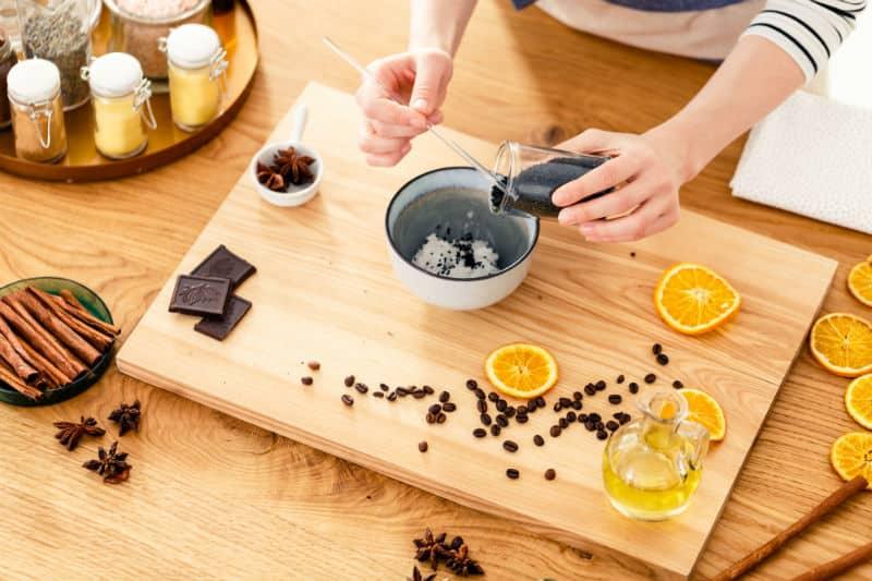 Ev yapımı diş macunu için ana malzemeler: