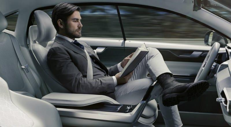 CES açısından otonom araçlar önemli bir çıkış yeri. Tesla, Ford gibi Amerikan şirketlerinin yanı sıra Mercedes, Audi, BMW gibi Avrupalı markaların prototipleri