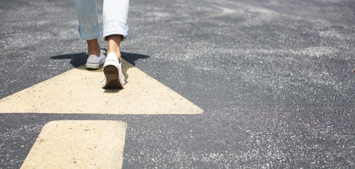 Yağışlı zeminde nasıl adım atılmalı? Bu öneriler düşmeyi engelliyor!